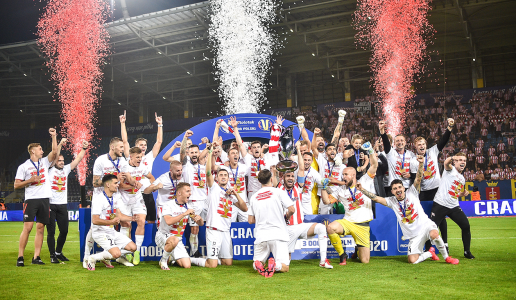THE POLISH CUP BELONGS TO PASY!